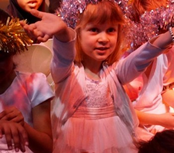 Fabulous nativity show by year 1.